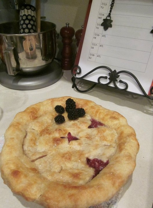 Georgia blueberry peach pie with fresh blackberries